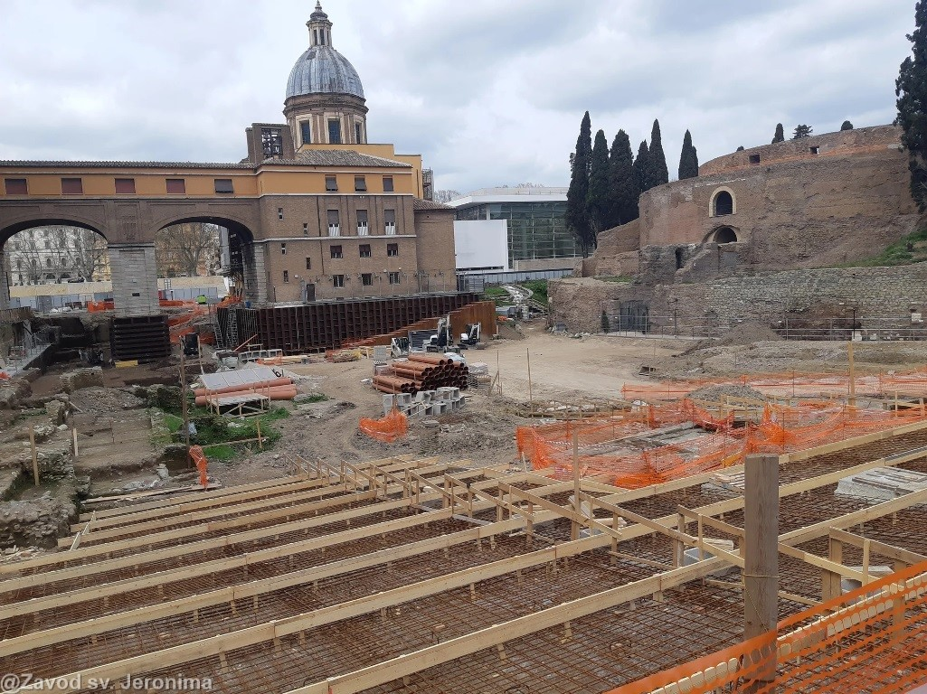 Piazza-scavi-3